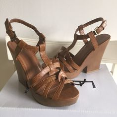 """F21 Platform Sandals Forever 21 faux leather platform sandals in size 6. Back heel measures about 4 1/2"""" with a 1"""" front platform. Excellent condition, no blemishes, only worn a couple times. On trend and perfect for the summer! Comes with original box. Forever 21 Shoes Sandals"""