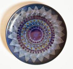 A Love for Pottery & Ceramics Decorative Objects, Decorative Plates, Vintage Designs, Retro Vintage, Pottery Plates, Pottery Designs, Ceramic Decor, Mid Century Style, Finland