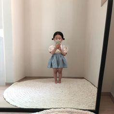Conheça Ahin Lee a influencer de 3 anos Source by claudiaonline outfit Cute Asian Babies, Korean Babies, Cute Babies, Fashion Kids, Baby Girl Fashion, Fashion Fashion, Fashion Women, Winter Fashion, Fashion Trends