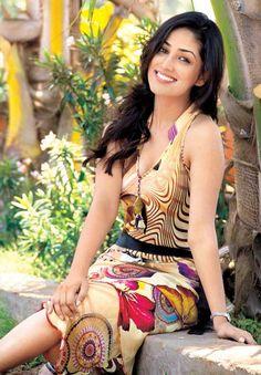 Yaami Gautam #Bollywood #Fashion
