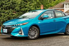 Video Review: Doing the Math on Toyotas Prius Prime Hybrid