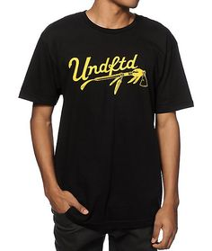 Straight up your wardrobe with a stylish and sleek black cotton colorway with a yellow UNDFTD script and tomahawk graphic at the chest.