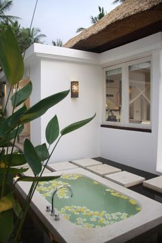 Ubud villa rental - Outdoor Bath