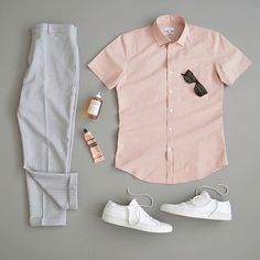 visit our website for the latest men's fashion trends products and tips . Nice Casual Outfits For Men, Formal Men Outfit, Stylish Mens Outfits, Casual Styles, Stylish Clothes, Men Casual, Mode Man, Men Fashion Show, Mens Fashion
