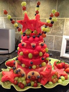 Cake with carrot and ricotta - Clean Eating Snacks Edible Centerpieces, Fruit Decorations, Watermelon Cake, Watermelon Carving, Apple Smoothies, Raspberry Smoothie, Fresh Fruit Cake, Fruit Cakes, Fruit Presentation