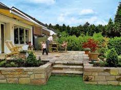 Bildergebnis für terrasse natursteinplatten
