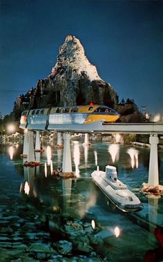 Postcard Matterhorn Mountain, Submarine, Monorail Tomorrowland Disney Day, Old Disney, Disney Magic, Disney Parks, Disney Stuff, Disneyland California, Vintage Disneyland, Disney Rides, Disneyland Rides