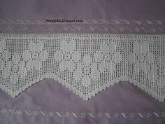 Crochet Curtains, Filet Crochet, Crochet Edgings, Bedding Sets, Lace Trim, Diy And Crafts, Bathroom Mat, Crochet Table Runner, Bath Linens