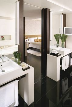 L450 Bathroom at The Landmark Mandarin Oriental, Hong Kong by Mandarin Oriental Hotel Group