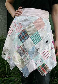 repurposed quilt into an apron... so stinking cute!