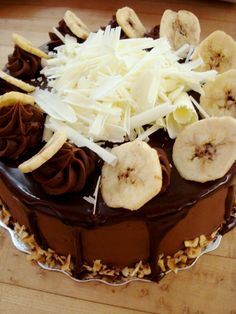 Chocolate Banana Cake Recipe, mixing cake with fruit is so tasty, try make one of it from our recipe. It's really awesome Amazing Chocolate Cake Recipe, Tasty Chocolate Cake, Cake Decorated With Fruit, Piece Of Cakes, Cake Ideas, Recipe Ideas, Special Events, Food To Make, Cake Recipes