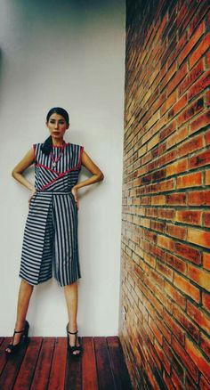 Batik Fashion, Ethnic Fashion, Womens Fashion, Blouse Batik, Batik Dress, Indonesian Girls, Kebaya, Fashion Stylist, Stripes