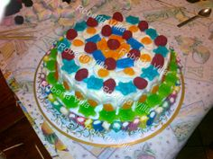 Torta di caramelle gommose