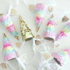 Bonete para cumpleaños de unicornio - https://xn--manualidadesparacumpleaos-voc.com/bonete-para-cumpleanos-de-unicornio/