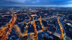 #bluehour #heurebleue #nantes Paris Skyline, New York Skyline, Voici, Adoption, Travel, Pays De La Loire, Nantes, City, Board