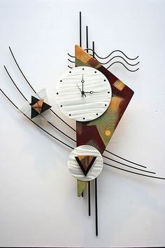 contemporary metal wall clock sculpture is a great design with clean lines and makes a great look on any wall. The black frame is welded steel construction with a brushed metal art clock face Abstract Metal Wall Art, Modern Canvas Art, Contemporary Abstract Art, Metal Art, Wood Art, Contemporary Clocks, Contemporary Sculpture, Contemporary Design, Clock Art