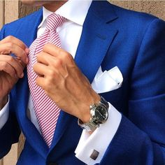 See what others are wearing. and get inspired! Mens Tailored Suits, Mens Suits, Suit Combinations, Formal Suits, Formal Wear, Smart Men, Suits For Sale, Stylish Mens Outfits, Dapper Men