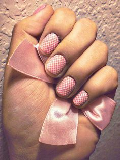 Pink Designed Checkered Nails