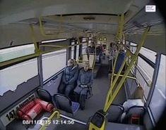 Cuando el autobús sabe que esto sé va a descontrolar