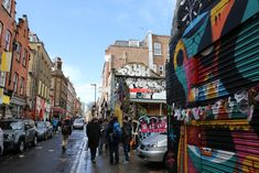 London eldugott látnivalói, amikről kevesen tudnak | Startlap Utazás Westminster, Graffiti, Street View, Marvel, London, London England, Graffiti Artwork, Street Art Graffiti