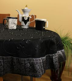 Halloween Hand Embroidered Round Tablecloth (Mystic Black, 70 Round)
