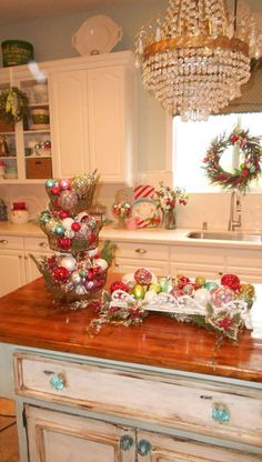 cool 54 Stunning Christmas Kitchen Décoration Ideas
