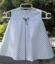 Agulha de ouro Ateliê: Molde Gratuito de vestido infantil De 3 meses a 2 anos (3-6-9-12-15-18-24 meses)