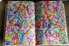 Eigen kleurplaat uit Het derde enige echte kleurboek voor volwassenen.