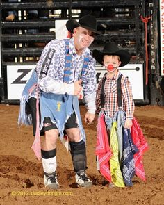 San Angelo Stock Show and Rodeo Association - Bullfighter Cory Wall and a Jr. Clown Winner at the 2012 San Angelo Rodeo! Horse Costumes, Diy Costumes, Halloween Costumes, Clown Photos, Rodeo Time, Texas Things, San Angelo, Bull Riding, Ranch Life