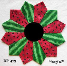 Watermelon Dresden Plate Quilt Blocks  I love anything watermelon! This would be pretty as a Summer picnic quilt! On grass only of course!!  Can you tell I have SUMMER on the brain! So over this Winter!!
