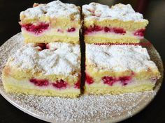 Raspberrybrunette: Simple cheesecake with fruit Czech Recipes, Russian Recipes, Yummy Treats, Sweet Treats, Yummy Food, Healthy Dessert Recipes, Baking Recipes, Pastry Cake, Sweet Cakes