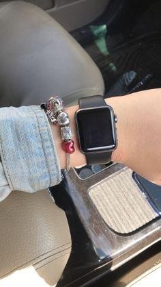 Best Apple Watch, Apple Watch Series 1, Smartwatch, Apple Watch Accessories, Jewelry Accessories, Apple Watch Fashion, Black Apple, Apple Products, Pandora Jewelry