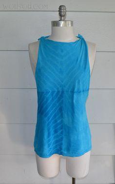 WobiSobi: Blue Chevron,Tie dyed, open back tee. DIY