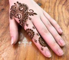Top Latest & Simple Arabic Mehndi Designs for Hands & Legs – Henna Finger Henna Designs, Henna Art Designs, Mehndi Designs For Girls, Mehndi Designs 2018, Mehndi Designs For Fingers, Unique Mehndi Designs, Beautiful Mehndi Design, Mehandi Designs, Short Mehndi Design