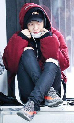 Bobby so cute. Yg Entertainment, Asian Boys, Asian Men, K Pop, Bobby, Ikon Member, Winner Ikon, Jay Song, Moda Masculina