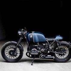 dreambikes - The History of Café Racers - Cafe Racer TV Bmw Cafe Racer, Estilo Cafe Racer, Moto Cafe, Cafe Racer Style, Cafe Bike, Custom Cafe Racer, Cafe Racer Build, Cafe Racer Motorcycle, Motorcycle Design