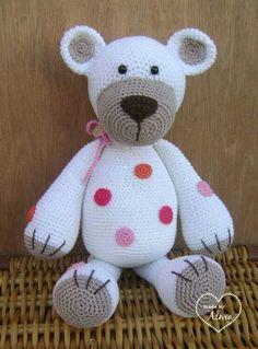 Beer bram wit  Zit een link bij naar verschillende leuke gratis patronen Baby Afghan Crochet, Crochet Teddy, Crochet Bear, Crochet Gifts, Cute Crochet, Crocheted Toys, Crochet Toys Patterns, Amigurumi Patterns, Stuffed Toys Patterns