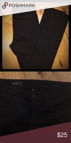 Kut from the Kloth Straight Leg Jeans Size 2 Black straight leg jeans, only worn once Kut from the Kloth Jeans Straight Leg