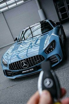 No listing of finest luxury cars is complete without the Mercedes-Benz S Course. The German car manufacturer's range-topping schedule of sedans, cars, and also convertibles is simply the epitome of luxury. Mercedes Benz Amg, Carros Mercedes Benz, Benz Sls Amg, Mercedes Car, Benz Car, Maserati, Audi Lamborghini, Ferrari Car, Bugatti