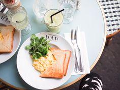 In my ballerines - Parisian breakfast at Loup