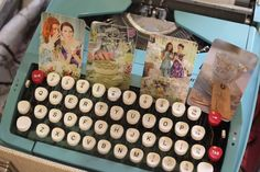 Retro styling props by Itsy Bitsy Vintage.