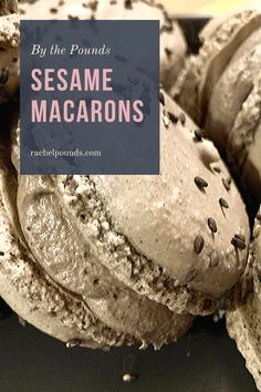 These macarons have the nutty flavor of black sesame and are filled with a fluffy black sesame frosting that's not too sweet. Cookie Flavors, Cookie Recipes, Dessert Recipes, Great Desserts, Delicious Desserts, Cookies Light, Piping Frosting, Black Sesame Ice Cream, Macaron Recipe
