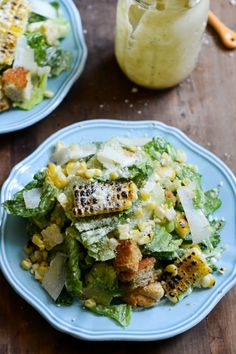 When you bring out these Roasted Corn Caesar Salads with Parmesan Greek Yogurt Caesar Dressing and Brown Butter Croutons, guests will be wowed with the unique flavor combination and rustic presentation! Roasted Corn Caesar Salads with Parmesan Gree I Love Food, Good Food, Yummy Food, Tasty, Vegetarian Recipes, Cooking Recipes, Healthy Recipes, Lasagna Recipes, Thm Recipes