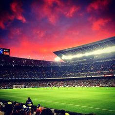 Barcelona series.  #barcelona #football #catalunya #catalonia #descobreixcatalunya #mapassionacatalunya #awesome_shots #awesome #doubletap #l4l #follow #followme #iPhoneography #catalunyaexperience #iPhoneOnly #follow4follow #iger #igers #Igdaily #igerscatalunya #cool #winter #ig_europe #travel #beautiful #world_great @ig_catalonia @loves_catalunya @loves_world  @descobreixcatalunya @world_great #futbol #city #barça #fcbarcelona