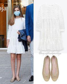Fashion Shoes, Girl Fashion, Fashion Accessories, New York Socialites, Estilo Real, Pretty Ballerinas, Spanish Royal Family, Royal Clothing, Princess Sofia