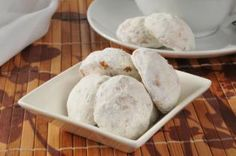 Blog - Mexican Wedding Cookies - Cuisinart.com
