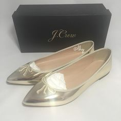 J.CREW METALLIC GOLD GEMMA FLATS - SZ9 Authentic new in box J.Crew Gemma Flats in metallic gold. Special edition. The classic ballet flat, updated with a tapered, pointed toe and bow detail. mirror metallic finish. PU/poly/cotton. Leather lining and sole. Ships with original box. Please be familiar with sizing of J.Crew footwear. ❌❌NO TRADES NO PP PLEASE DO NOT ASK❌❌ J. Crew Shoes Flats & Loafers