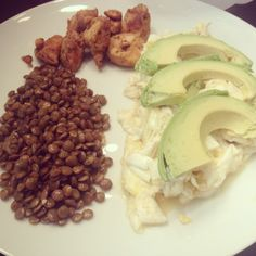 Extremely low carb/high protein breakfast. Egg whites, chicken, lentils, and avocado.