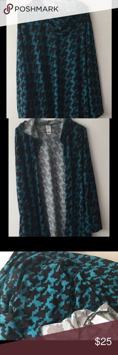 "SALE!!!🍂Hooded Print Cardigan🍂 Made in the USA. Beautiful teal green and black print long cardigan. Measures 33"" from top of tag down. It says 1X but could fit a 2X as well. Boutique Sweaters Cardigans"