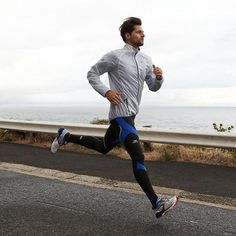 This would be progression because you set a new goal for running every day. Mode Masculine, Sport Fashion, Look Fashion, Fashion Wear, Fashion Outfits, David Laid, Gym Style, Mens Activewear, Moda Fitness